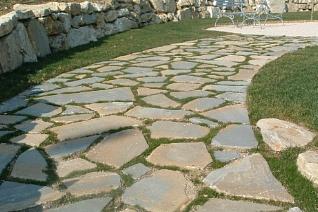 pavimenti-in-marmo-pietra-calcari-irregolare-gorietti-srl-lastre-da-giardino.11329.ib_