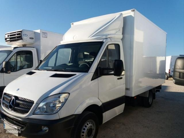 Mercedes-Benz-Sprinter-20200720163730